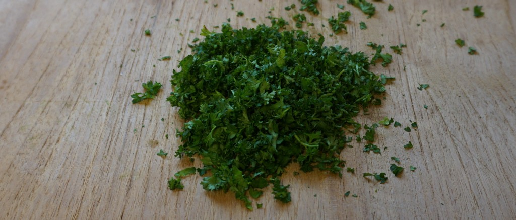 chopped curly leaf parsley